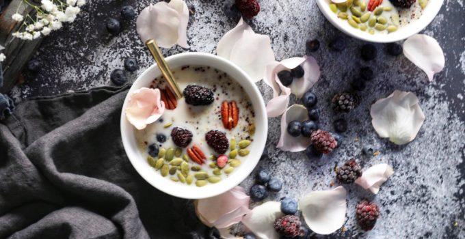Tri-Colour Quinoa Breakfast Bowls with Warm Cinnamon Maple Cashew Milk